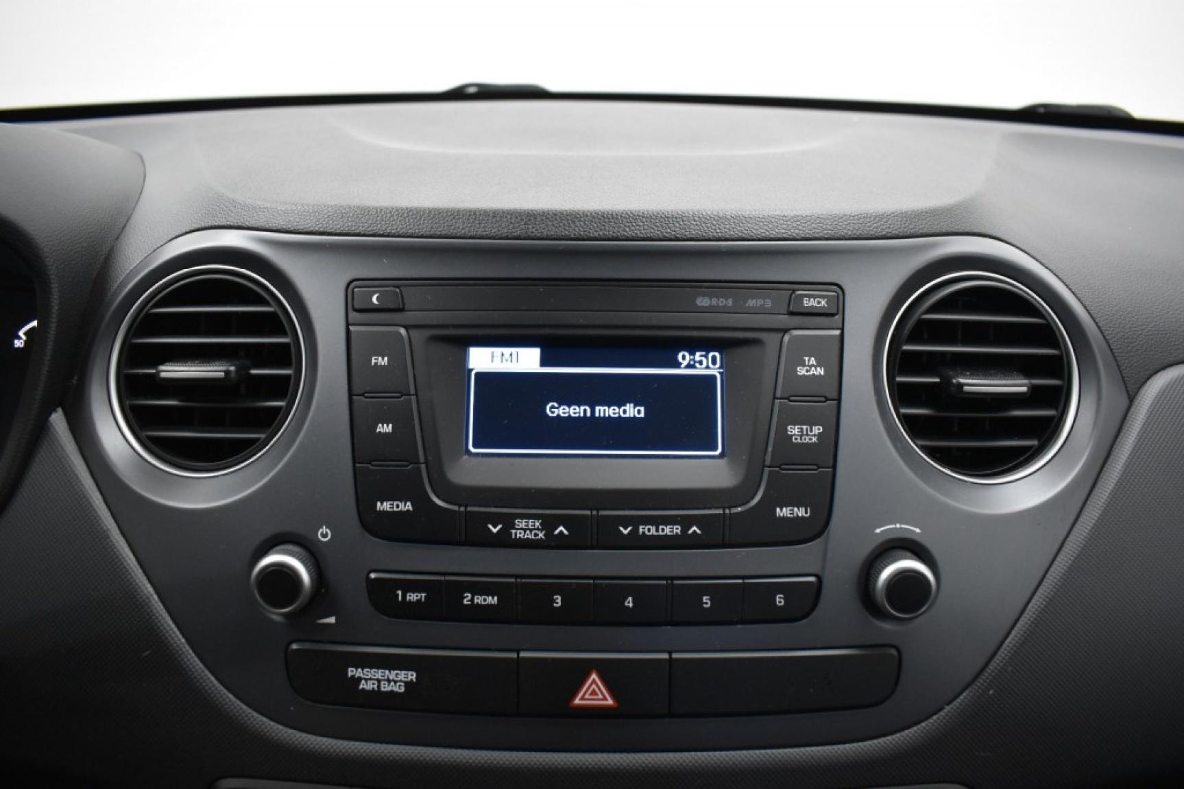 Hyundai-I10-18
