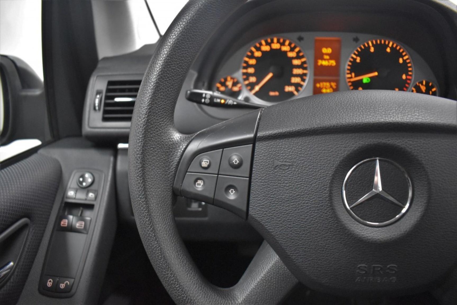 Mercedes-benz-B-klasse-13