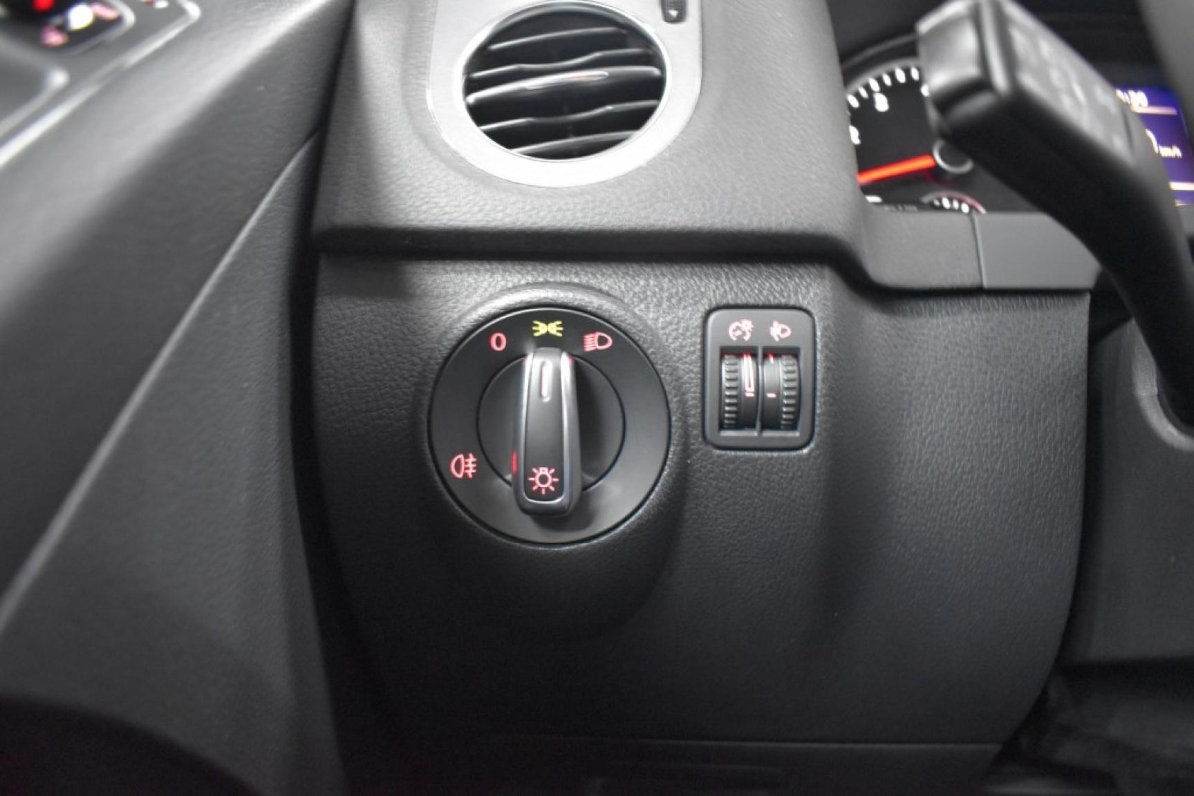 Volkswagen-Tiguan-23