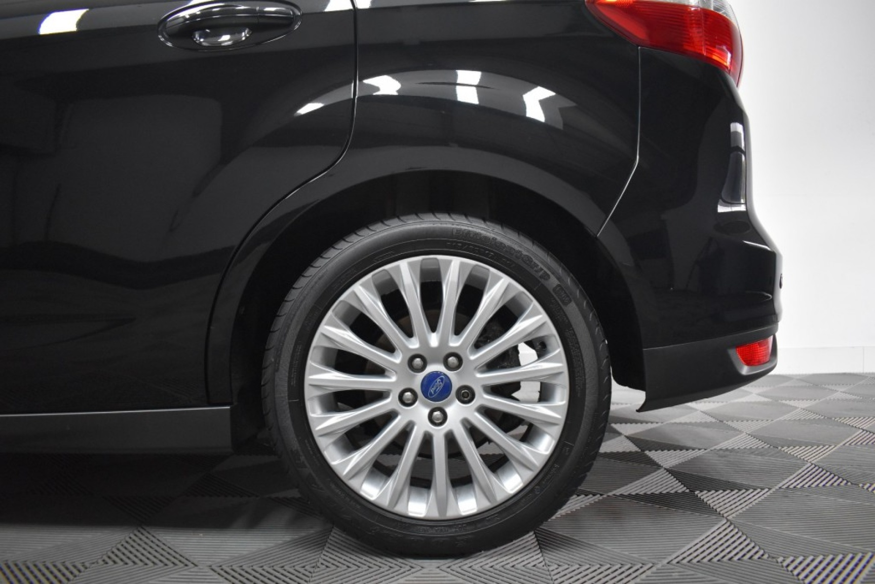 Ford-C-max-33