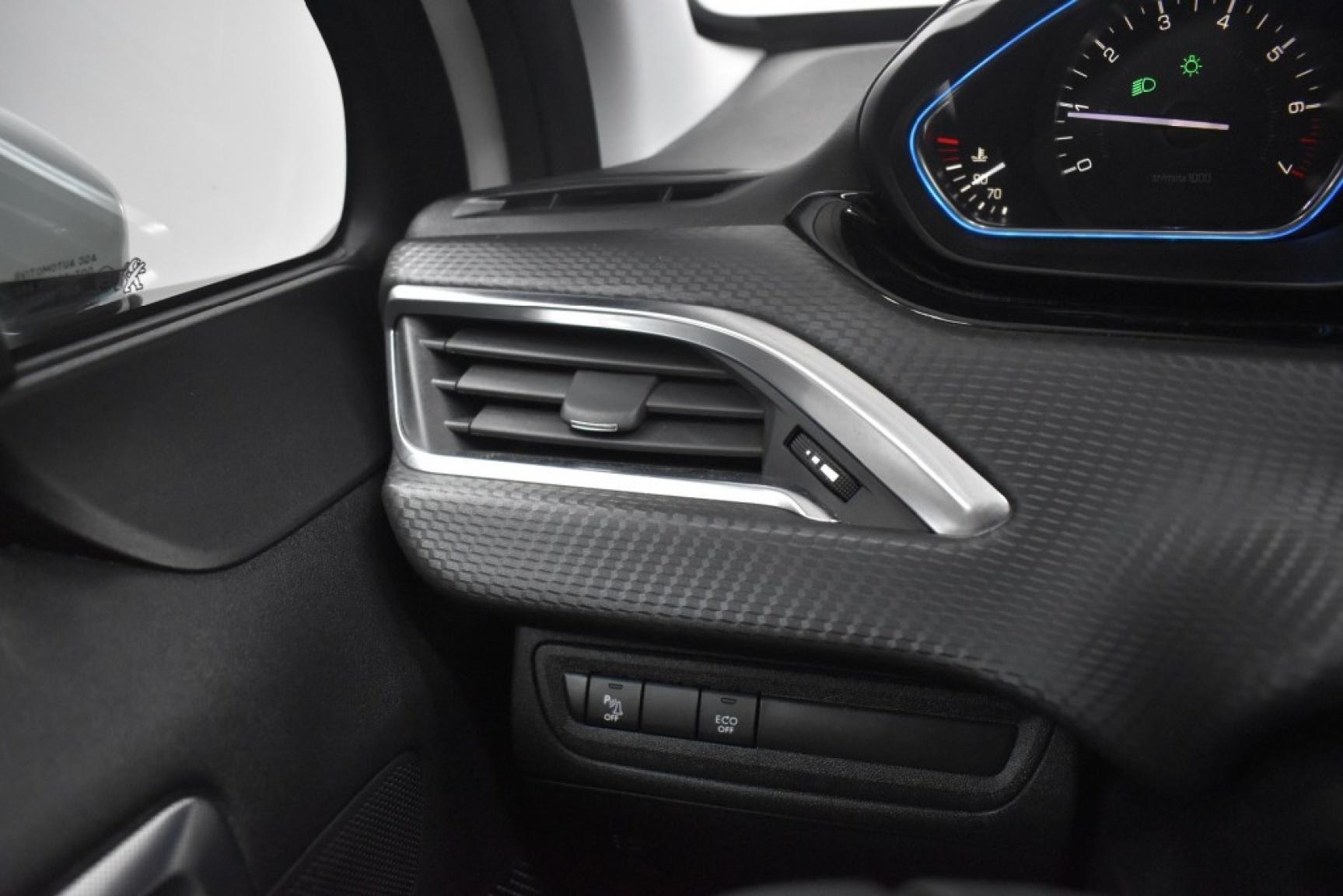 Peugeot-2008-35